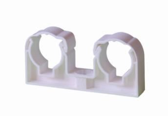 Příchytka dvojitá se třmenem 2×15 bílá UNI 13402215